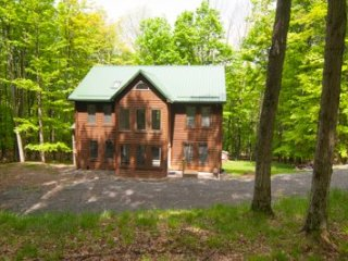 Timberly - 699 Ridge Road, Canaan Valley