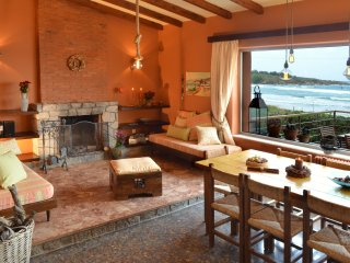 'The house by the sea ' holiday  families villa .DISCOUNTS ON REQUEST!