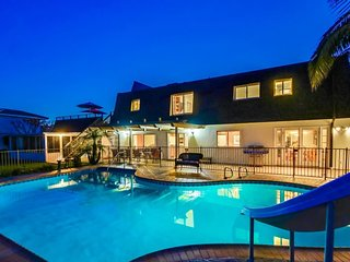Manoir de Rose, La Jolla Luxury Home with Pool, Hot Tub, Rooftop Deck, Ocean