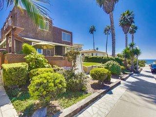 CJ`s Ocean Oasis with AC, 5 Houses from Ocean, San Diego