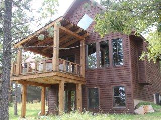 Iron Horse Cabin, Lead