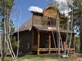 Mercantile Cabin, Lead