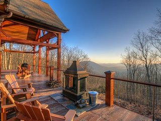 5BR/4.5BA, 5,850 SF of High Country Luxury! Big Mountain Top Views, Wooded, Jefferson