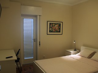Room with Private Bathroom - Braga Centro