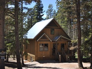 Whiskey Mountain Lodge - Newly Built Vacation Home!
