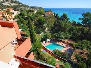 Monaco 5 min. - studio apartment for 4 persons - view of Mediterranean Sea -