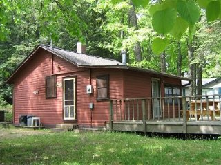 Old Stoney`s Resort - Musky Cabin, Arbor Vitae