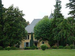 Chambre d'hotes au Chateau du Donjon, Drumettaz-Clarafond