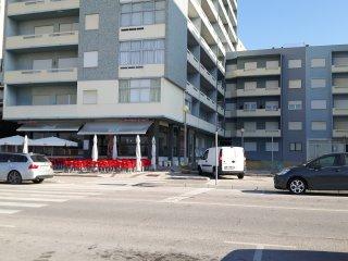 T1 na avenida da praia
