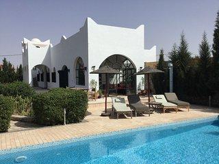 VILLA TEVANA jardin et piscine à 6 km d'Essaouira.