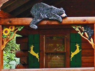 John Deere shutters and Bear and sunflower trim