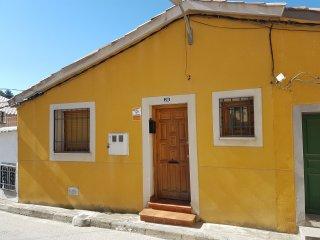 Alojamiento turístico en barrio tradicional de Tiradores