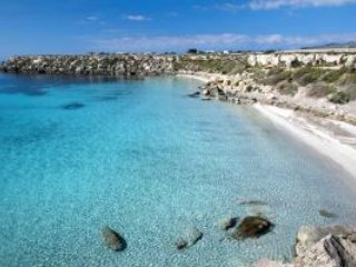 Casetta Lavanda, holiday rental in Aegadian Islands