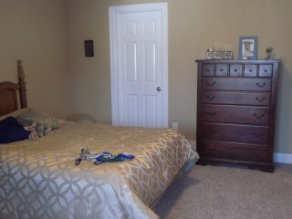 Very nice room near University of Buffalo north campus
