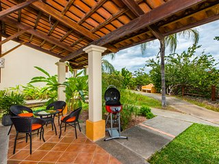 Coco Sunset Hills 52 - Two Bedrooms Apartment with Balcony