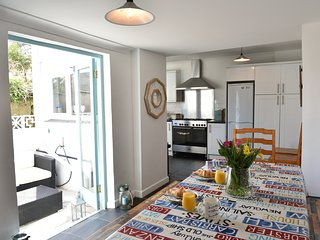 Stylish beach house St Ives, Cornwall, sleeps 13