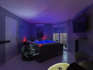 JACUZZI-SUITE APPARTEMENT