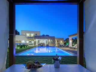 FANTASY VILLA *** LAST MINUTE OFFER SEPTEMBER-OCTOBER ***