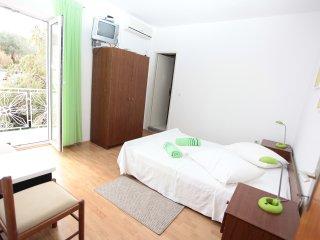 BILI GALEB GREEN ROOM 2, Marina