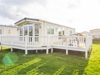 Ref 20166 Broadlands, 2 Bed 4 Berth, Central heated, Broadland Sands.