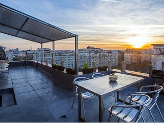 Mega Penthouse 5 bedrooms, 42sqm terrace, Bucharest
