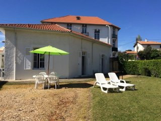 Maison du Golf : vacances avec jardin au cœur du quartier Saint-Charles, Biarritz