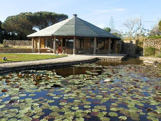 Lotus Flower Hut, S.Lourenco-Ericeira