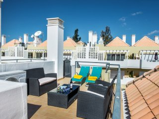 Casa Linda, Cabañas de Tavira, Stunning two bedroom, penthouse apartment