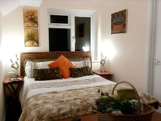 Bijou Beach Cottage free parking, Bognor Regis
