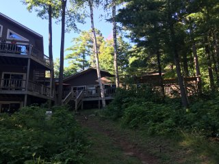 Pinecrest Lakeside Lodge