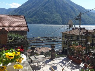 Argegno,Lake Como, Spacious house with great view
