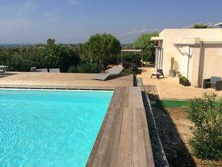 Magnifique villa avec piscine et vue sur mer dans les Pouilles