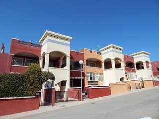 2 Bed, 2 Bath Apartment, Los Altos, lovely views
