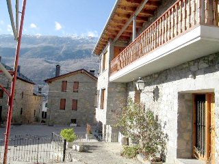 Cozy 5 bedroom country house in Valle de Benasque