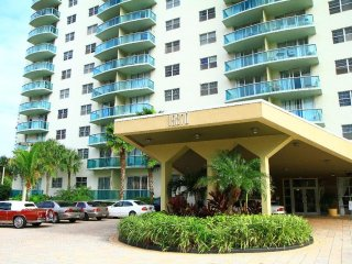 Beautiful apartment in Sunny Isles Pax3 506