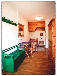 Camera singola con uscita sul terrazzo