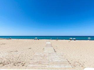 Holiday Beach #14714.2