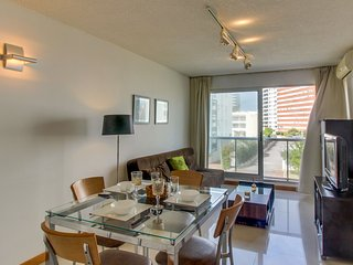 Apto cerca de la playa c/ piscina compartida- Apt w/ pool and close to the beach