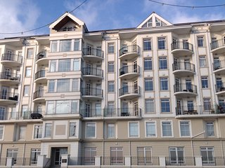 Luxury Sea Front Apartment, Douglas