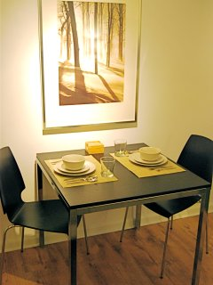 Dining for Two - Corporate Apartment - Studios On 25th