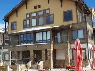 Condo at the base of Keystone