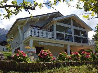 Chalet avec belle vue sur le lac d'Annecy !