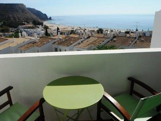 Top floor 2 bed Flat |Ocean views | Central Luz
