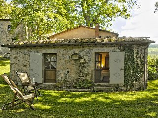 2 bedroom Villa in Vivo d'Orcia, Tuscany, Italy : ref 5455302