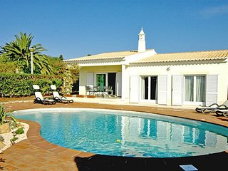 3 bedroom Villa in Praia Da Luz, Algarve, Portugal : ref 2265943