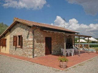 2 bedroom Villa in La California, Tuscany, Italy : ref 2266237