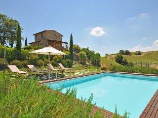 2 bedroom Villa in Trequanda, Tuscany, Italy : ref 5477249