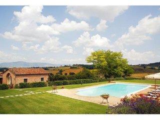 2 bedroom Villa in La Villa-Farneta, Tuscany, Italy : ref 2268132
