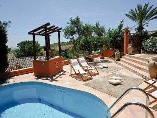 2 bedroom Villa in Buseto Palizzolo, Sicily, Italy : ref 5477070