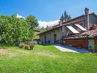 5 bedroom Villa in Santa Fiora, Tuscany, Italy : ref 2269526